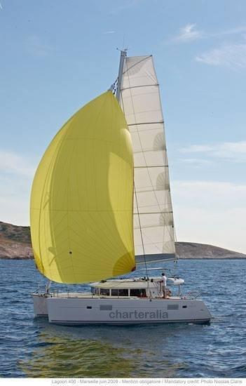 Daghuur van de catamaran Lagoon 400 op Ibiza