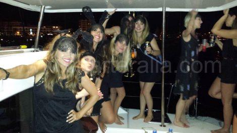 nacht per boot voor een vrijgezellenfeest