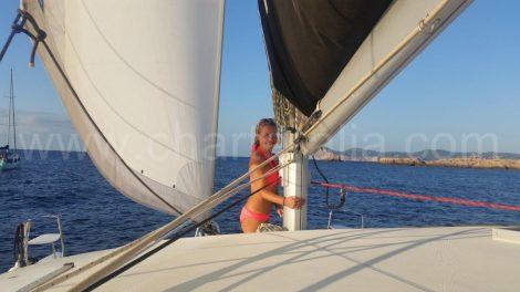 De sirene op de mast van de boot