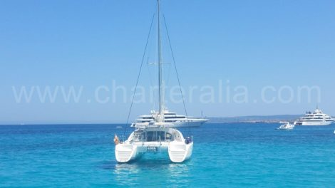 Lagoon 380 in Formentera