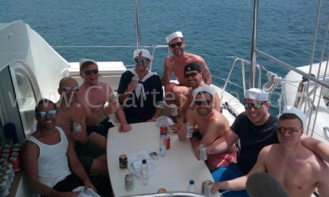 Vrijgezellenfeesten zijn ook op onze Lagoon 380 catamarans