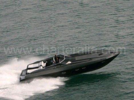 Jachtverhuur Stealth 50 op Ibiza
