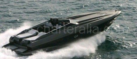 Stealth 50 motorboot voor charter op Ibiza