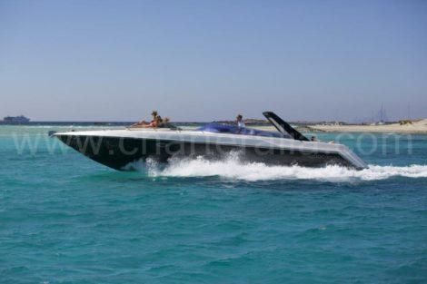 Sunseeker Thunderhawk 43 motorboot te huur op Ibiza en Formentera