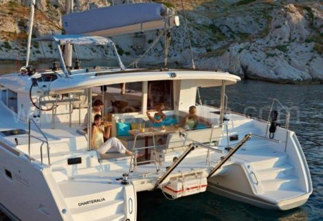 Aluguel de catamara Lagoon 400 2018 com ar condicionado