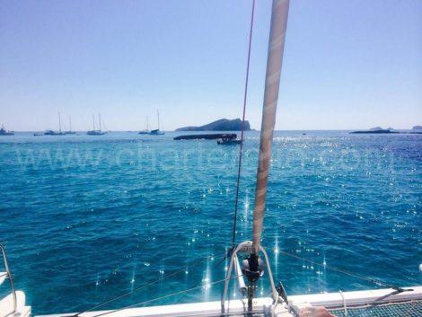 Средиземное море от катамарана