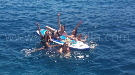 аренда лодки на ибице с доскои для серфинга