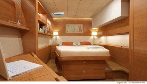 полуторная кровать в каюте