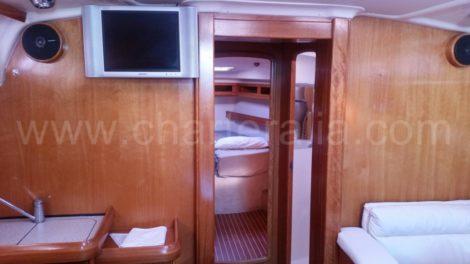 салон в Bavaria 46 парусная лодка
