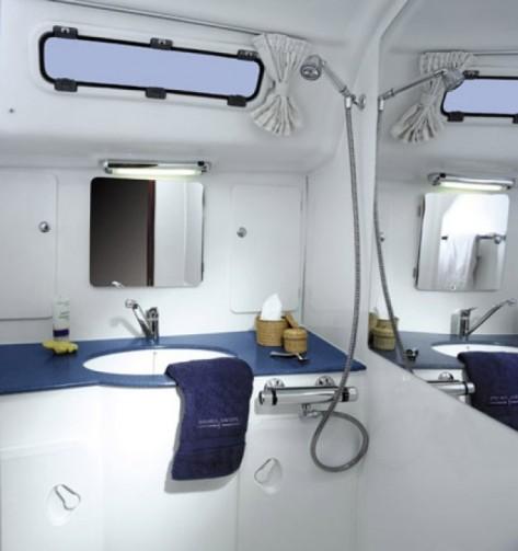 Bath room bagno Lagoon 380 Ibiza y Formentera