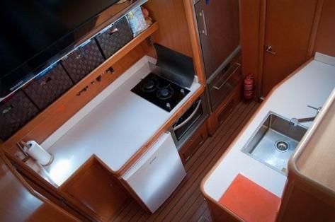 Cocina catamaran Ibiza