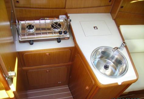 cocina velero jeanneau 29