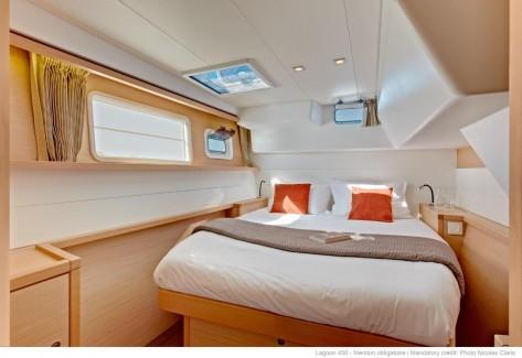 Cabina doble catamaran Mallorca