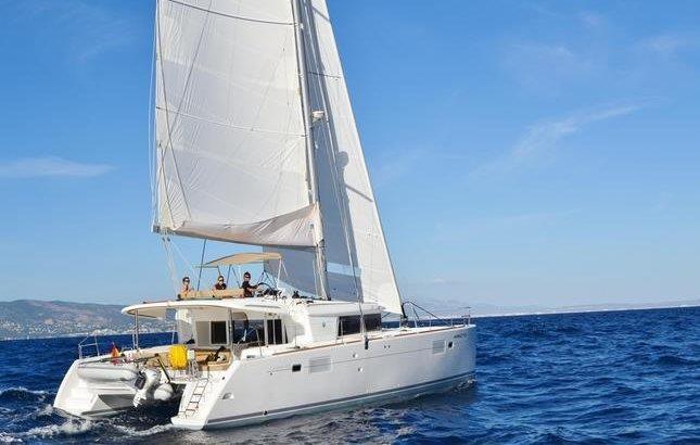 alquiler lagoon 450 Ibiza