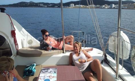Terraza de popa Catamaran Ibiza Lagoon 380