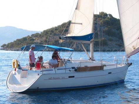 barco beneteau Oceanis 331 Clipper en Ibiza
