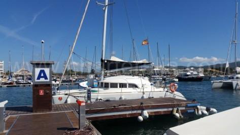 Nuetro amarre habitual en el puerto de san antonio