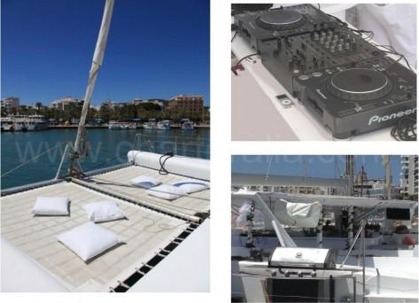 fiestas en catamaran Ibiza