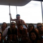 grupo de alquiler de barco en charteralia en julio