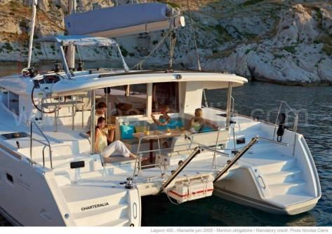 terraza exterior catamaran ibiza