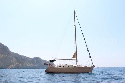 Alquiler de velero en Ibiza Sun Odyssey 34