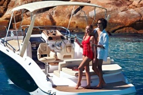 Alquiler de lancha Sessa Key Largo en Ibiza con capitan