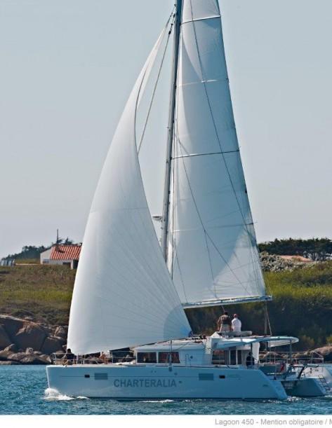 catamaran Lagoon 450 de alquiler barcos en Ibiza