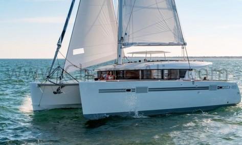 Alquiler de yate Lagoon 450 SporTop para excursion de mar en Islas Pitiusas