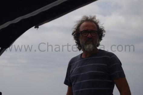 CharterAlia embarcacion para excursiones de dia con capitan Edorta en Ibiza y Formentera