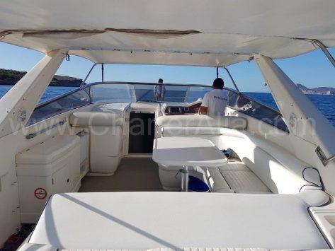 Hamaca trasera del yate de alquiler en Ibiza Camargue 46