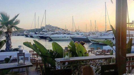 Puesta de sol en Marina Botafoch