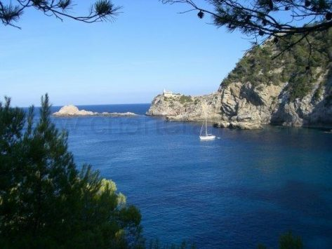 Alquiler velero CharterAlia Es Clot des Llamp Ibiza