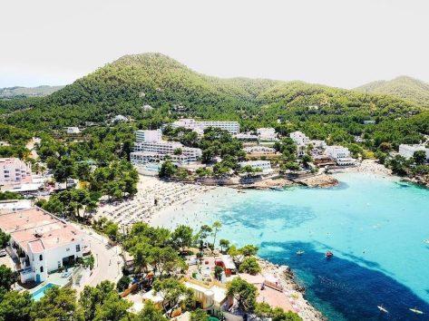 Hoteles en Portinatx
