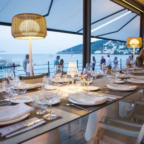 Vistas del restaurante Estel en el puerto de Santa Eulalia