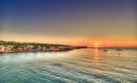 Puesta de sol en Cala Saona Formentera