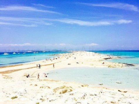 El paso en Illetes Formentera