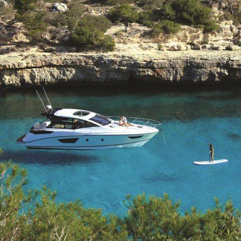 Arrendar Yates en Ibiza