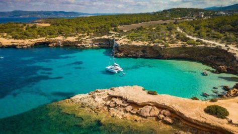 Alquiler de catamaran Lagoon 52 en Ibiza y Formentera